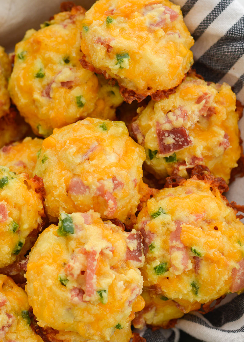 These Cheesy Ham and Jalapeno Puffs have just 1 net carb each, making them perfect for low carb meal prep!