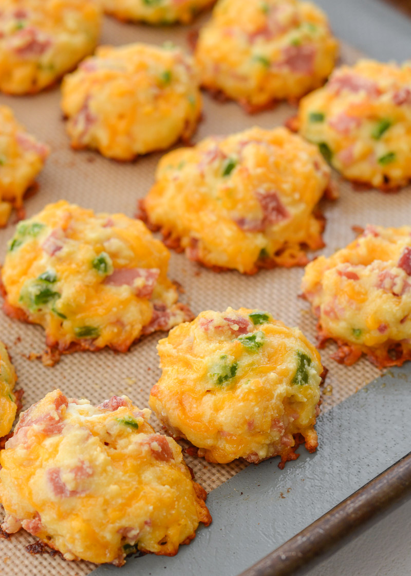 Cheesy Ham and Jalapeno Puffs keto + low carb   Maebells
