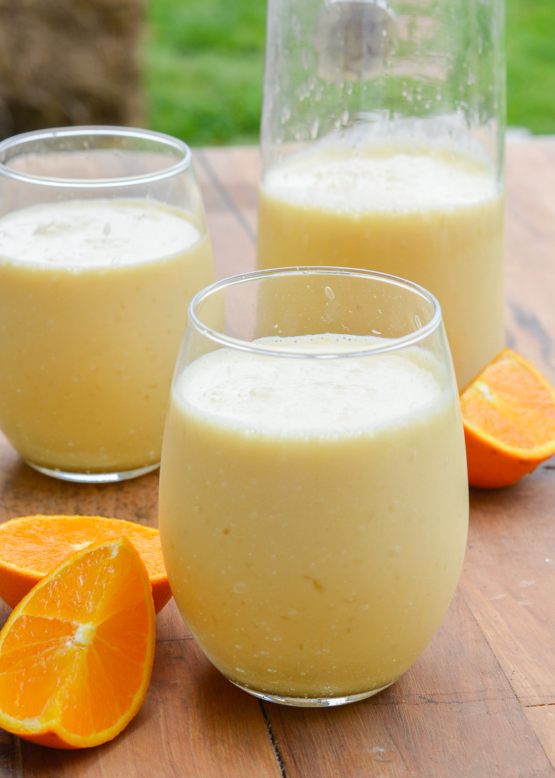 This Sunshine Shake is the perfect five ingredient breakfast smoothie that tastes just like an orange creamsicle!