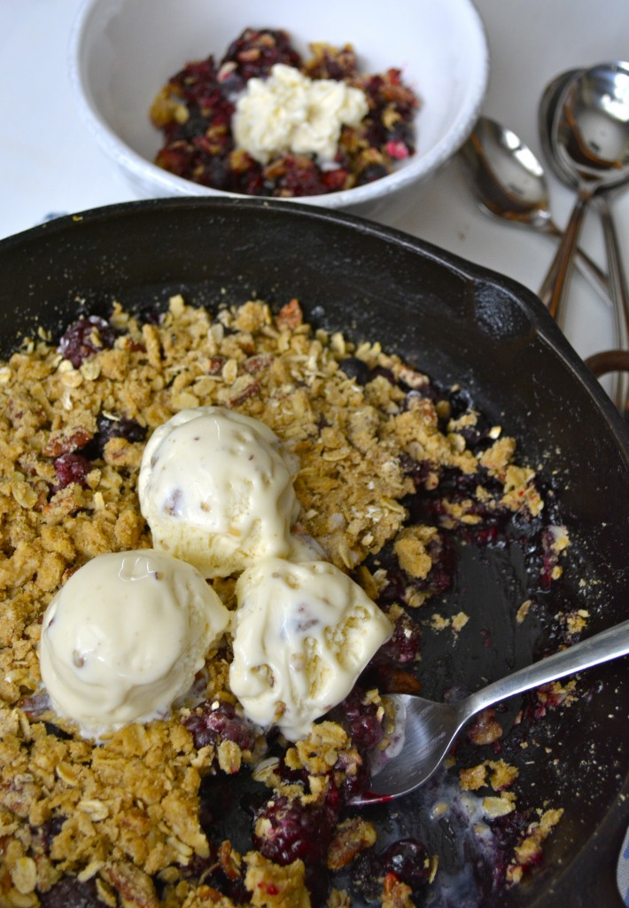 Black and Blueberry Crisp with Oatmeal Pecan Topping