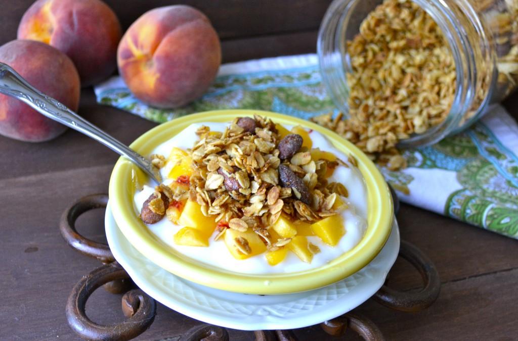 Honey Vanilla Almond Granola, healthy and delicious!!