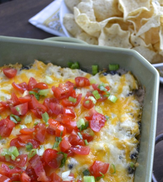 Green Chili Chicken + Ranch Dip, SO easy and gluten free! www.maebells.com