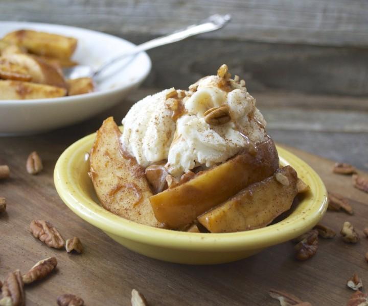 Slow Cooker Pumpkin Spice Baked Apples