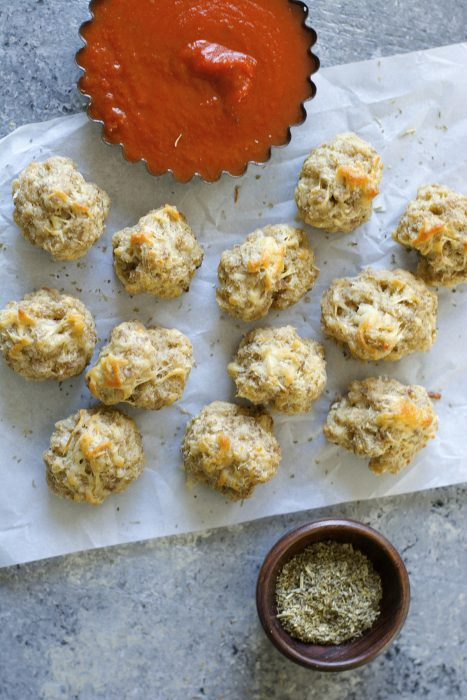 Easy Italian Sausage Balls! A flavor packed gluten free appetizer that is SO easy!
