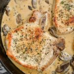 One Pan Pork Chops with Cream Sauce