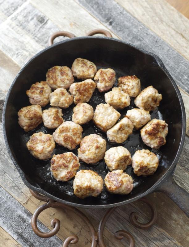 Havarti Smothered Meatballs and Marinara #castellohavarti