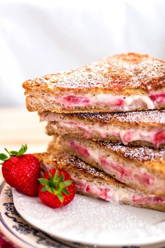 Skinny-Crunchy-Stuffed-French-Toast-11