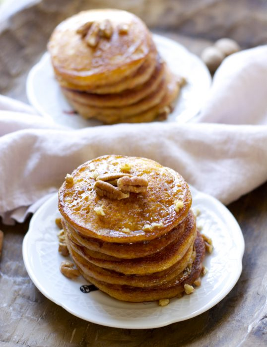 Who said pancakes are unhealthy?! These Carrot Cake Pancakes are packed with fresh carrots, yogurt, ginger, cinnamon, and nutmeg. A delicious and nutritious way to start your morning!