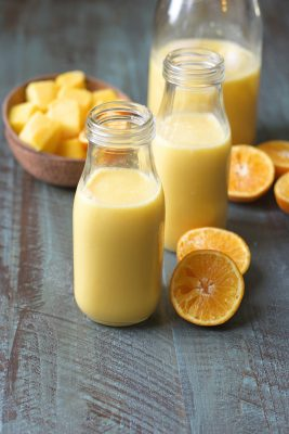 This sweet and creamy Citrus Vanilla Smoothie is packed with orange juice, mango, vanilla and almond milk!