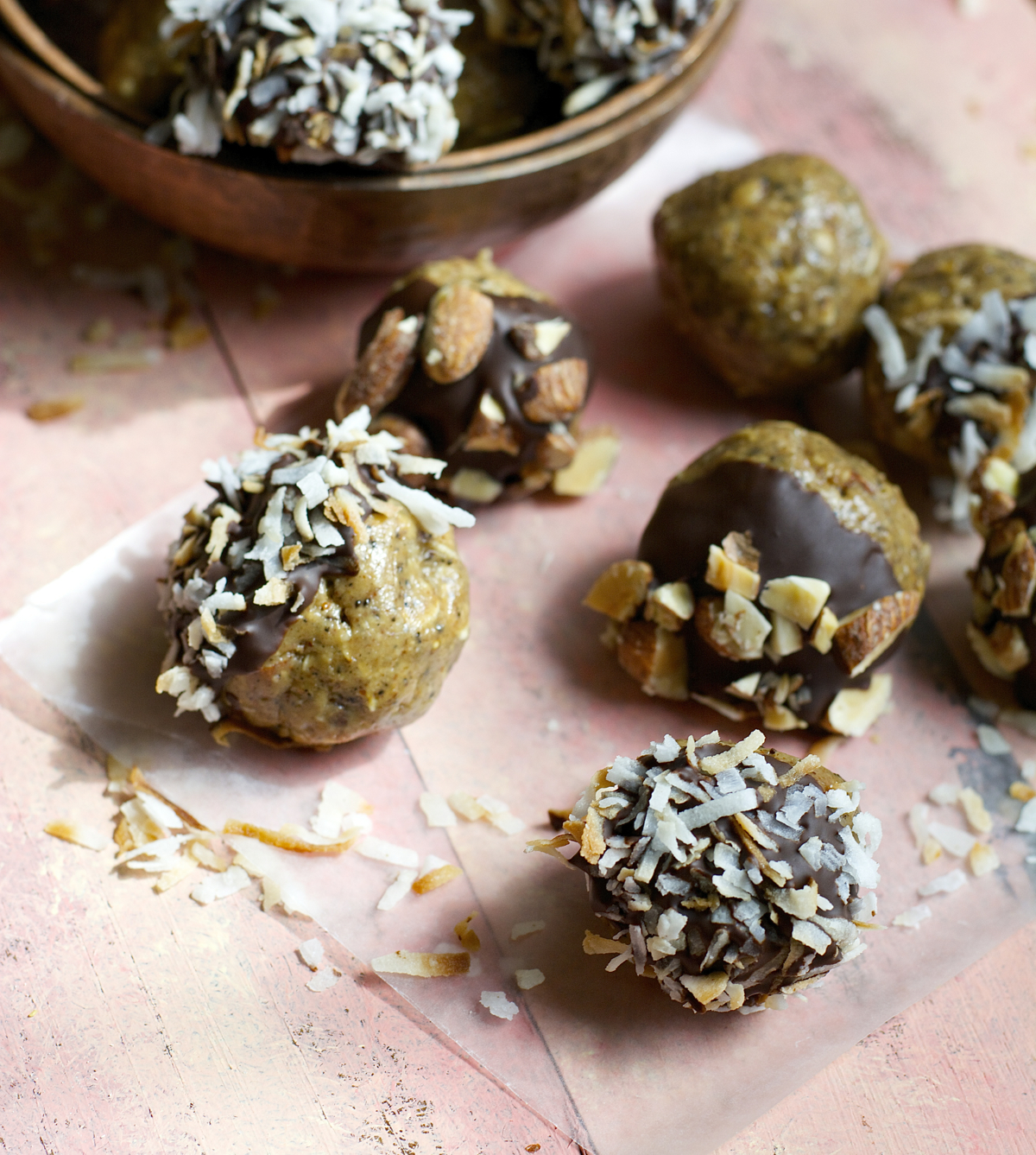 Coconut Mocha Almond Butter Espresso Balls are packed with oats, almonds, coffee and toasted coconut! The perfect snack for a little pick me up!