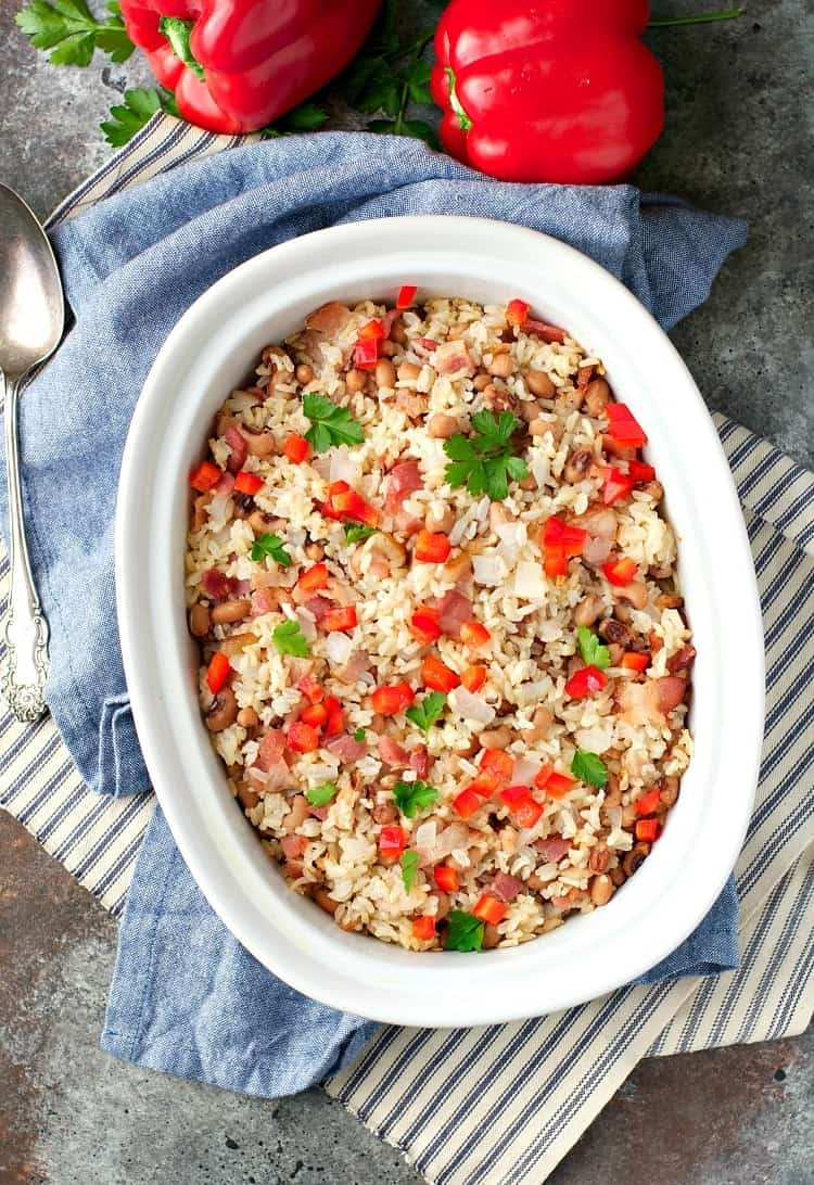 You only need 5 minutes to prepare Aunt Bee's Lucky Hoppin' John -- studded with black-eyed peas, smokey bacon, and tender rice. It's an easy side dish that's perfect for New Year's Day!