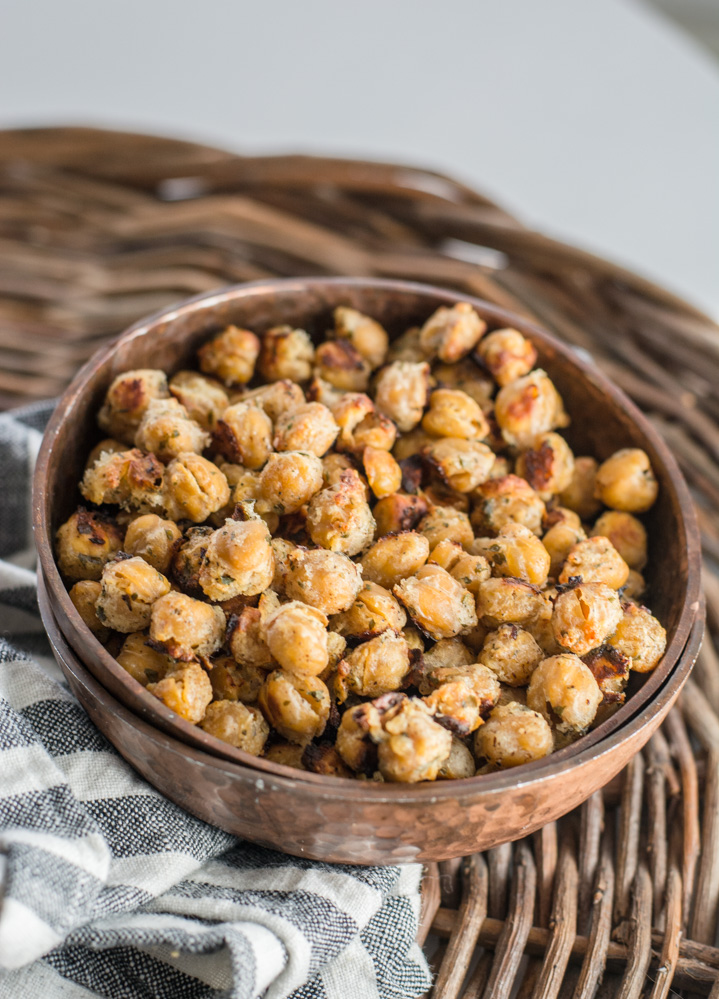 a dish of oven roasted chickpeas