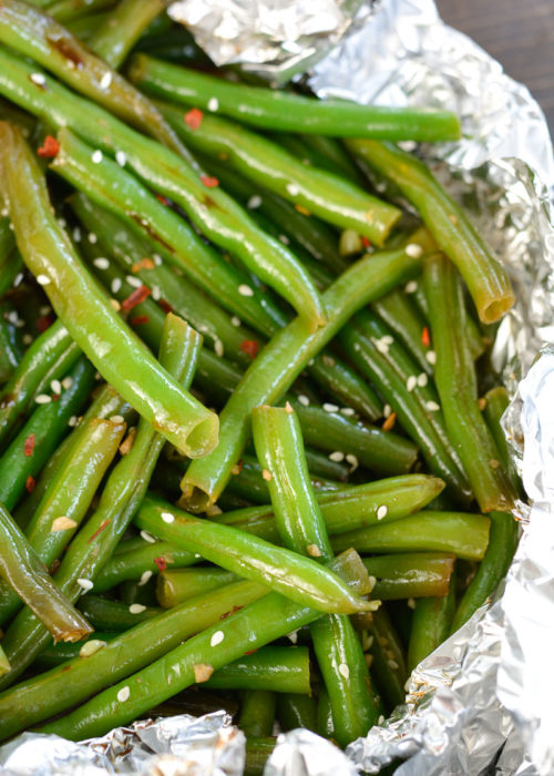 These Foil Pack Green Beans are a quick and easy summer side dish, with basically no clean up!